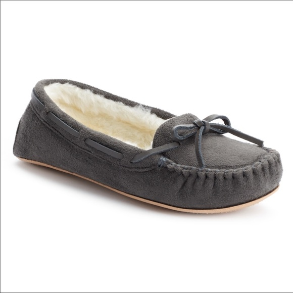 ba29fb99739 [KOHL'S] MOCCASIN SLIPPERS